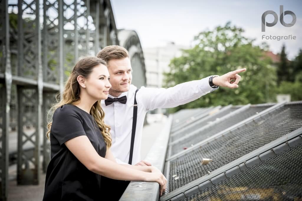 Paarshooting auf der Hackerbrücke in München